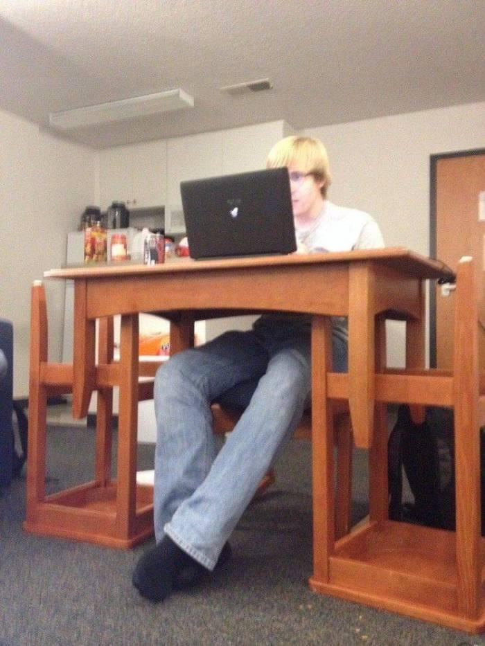 Chair Des.jpg