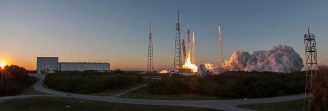 SpaceX DSCOVR Launch.jpg