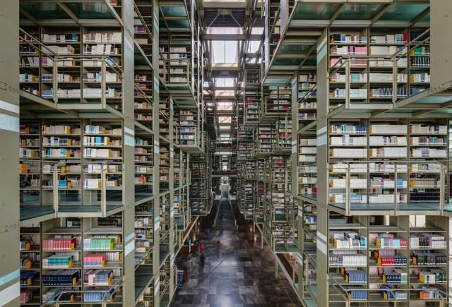 Biblioteca Vasconcelos (Vasconcelos Library).JPG