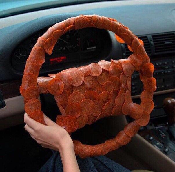 pepperoine steering wheel.jpg