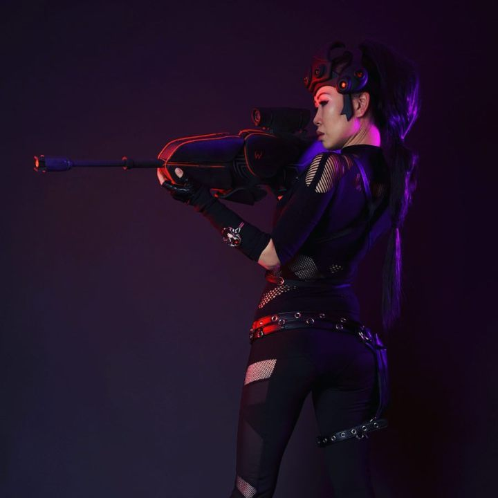 Overwatch Widowmaker cosplay.jpg