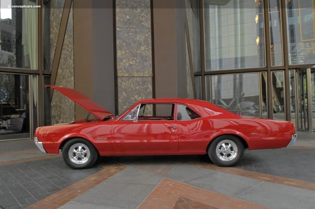 full-1967-oldsmobile-f-85