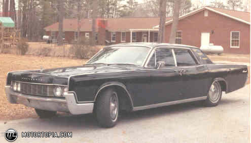 luxury-1967-lincoln-continental