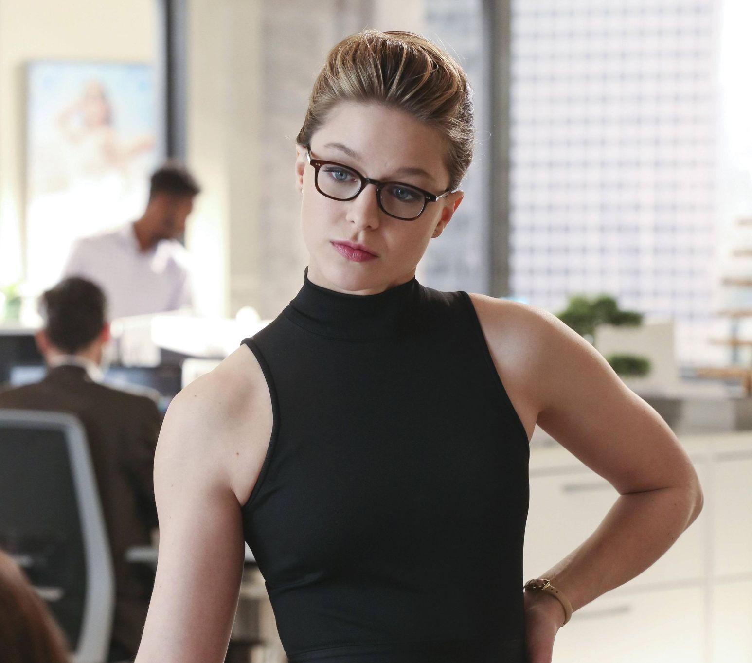 melissa benoist in supergirl 0m