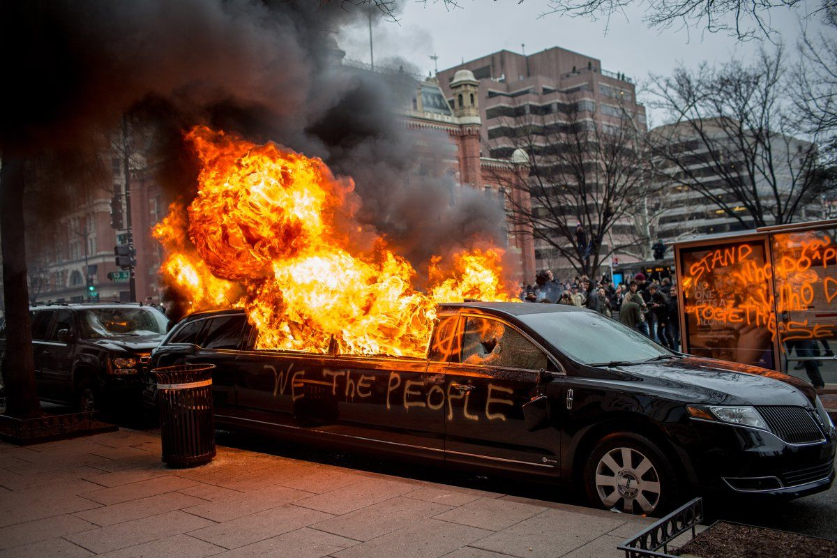 Washington DC – A limousine goes up in flames druing the inauguration protests