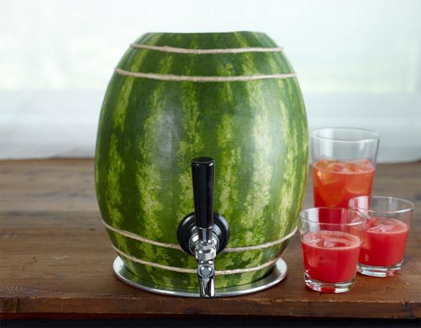 watermelon-vodka-keg.jpg (70 KB)