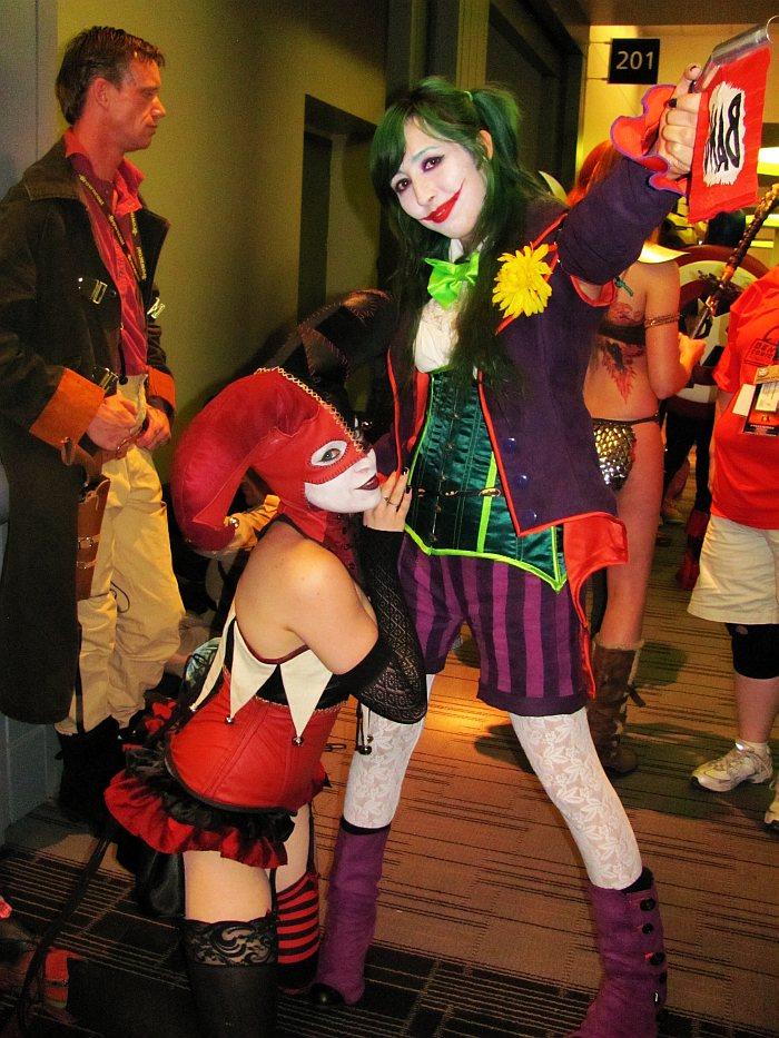Lady-Joker-and-Harley.jpg (181 KB)