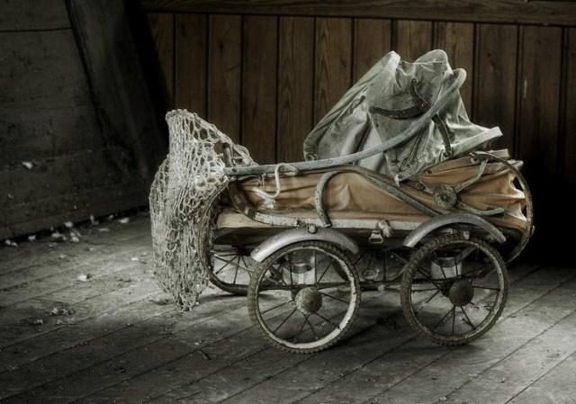 Pram-of-Famine-3.jpg (130 KB)