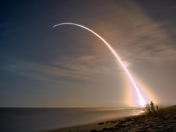 twilight-launch.jpg (36 KB)