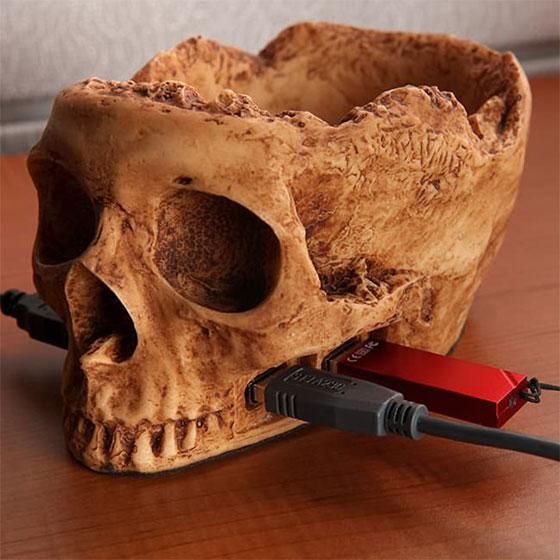skull-usb-hub.jpg (67 KB)