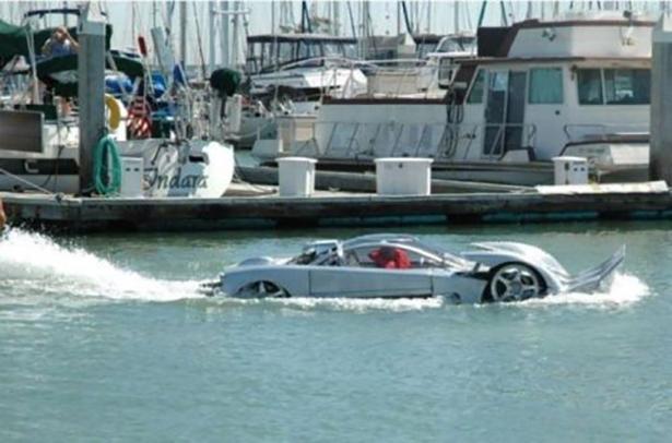 amphibius-wtf-cars-013-12192013.jpg (167 KB)