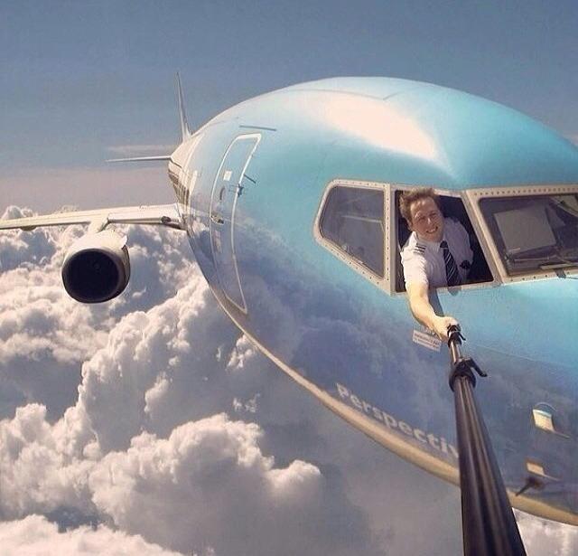 selfie-ultimate.jpg (81 KB)