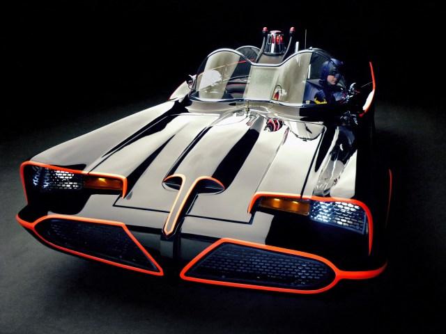 1966_Lincoln_Futura_Batmobile_by_Barris_Kustom_custum_superhero_batman_dark_knight_supercar_concept______h_2048x1536.jpg (1 MB)