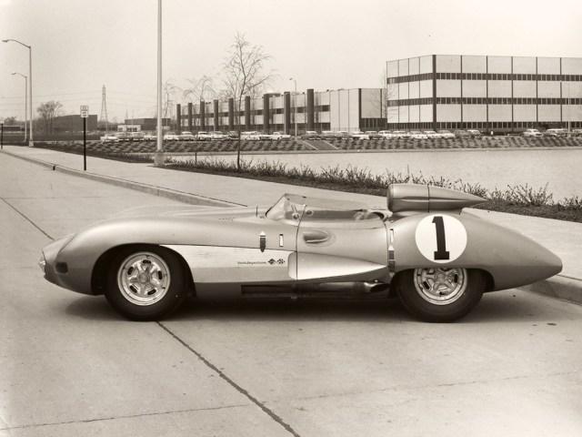 1957-Chevrolet-Corvette-side-1024x768.jpg (193 KB)