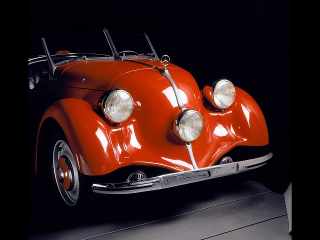 1935-1936-Mercedes-Benz-150-Sports-Roadster-Front-Section-1920x1440.jpg (461 KB)