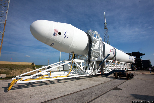 spacex_f9_rollout.jpg (93 KB)