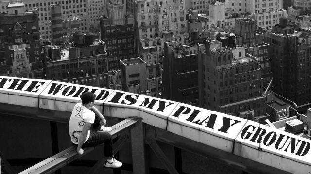 play.jpg (252 KB)