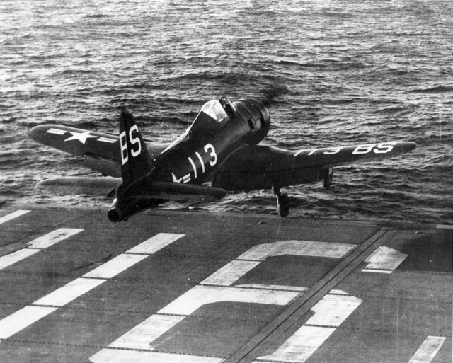 FR-1_launches_from_USS_Badoeng_Strait_1947.jpg (698 KB)