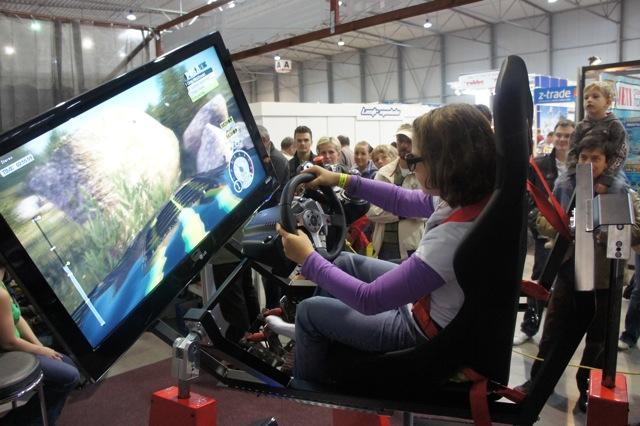 crazy-racing-simulator-by-motion-sim.jpeg (101 KB)