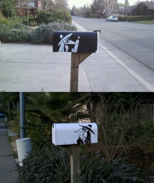 mailbox2.jpg (219 KB)