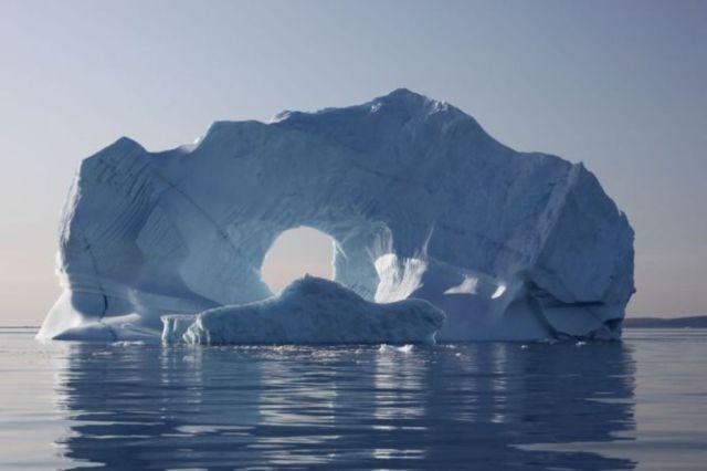 incredible_icebergs_25.jpg (54 KB)