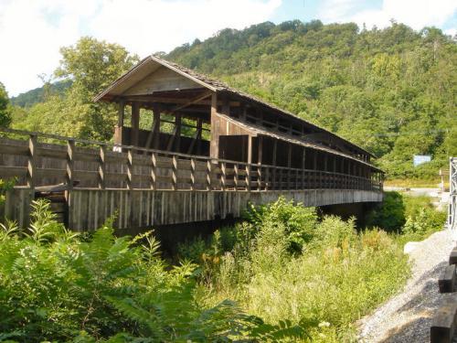 covered bridge.JPG (167 KB)