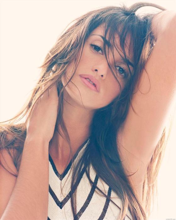 Penelope_Cruz_3.jpg (329 KB)
