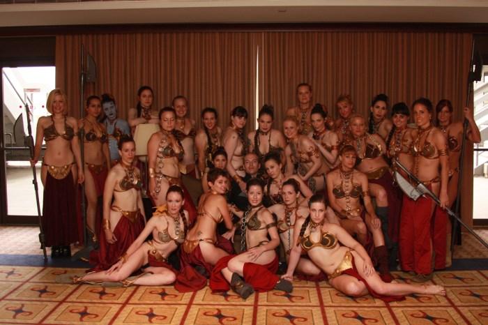slave-leia-group-photo-1.jpg (931 KB)