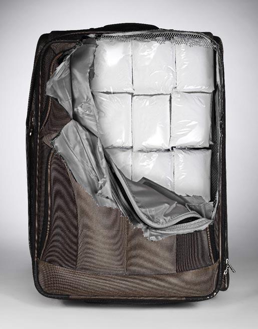cheeky-suitcase-sticker-drugs.jpg (82 KB)