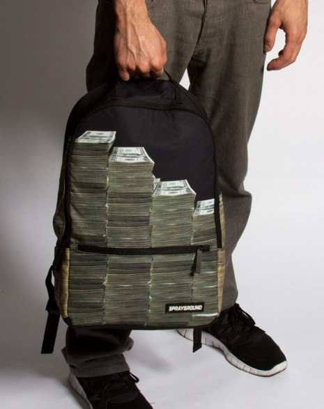 moneystacks6fyftyd_thumb.jpg (48 KB)