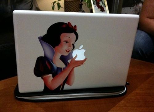 1Epic-Mac-Sticker_b6448a17e3c96e97989103f47a224a08.jpg (111 KB)