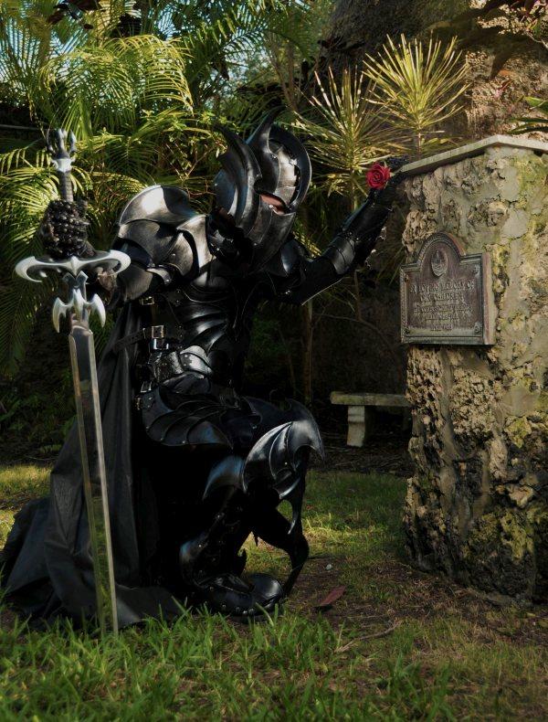 batman-armor2.jpg (133 KB)