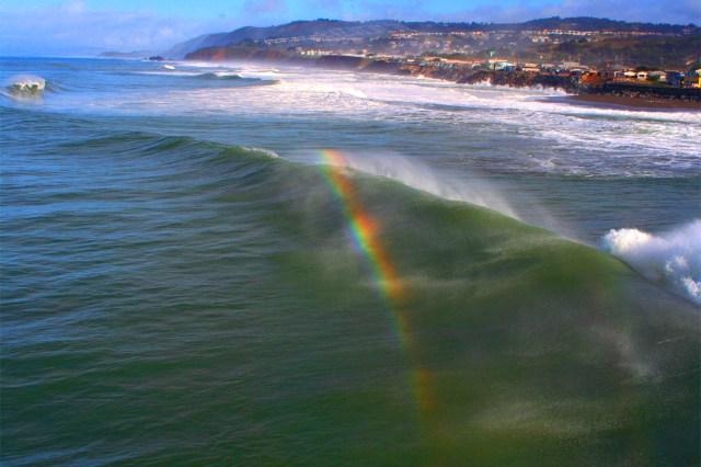 Surfing_Rainbow.jpg (2 MB)