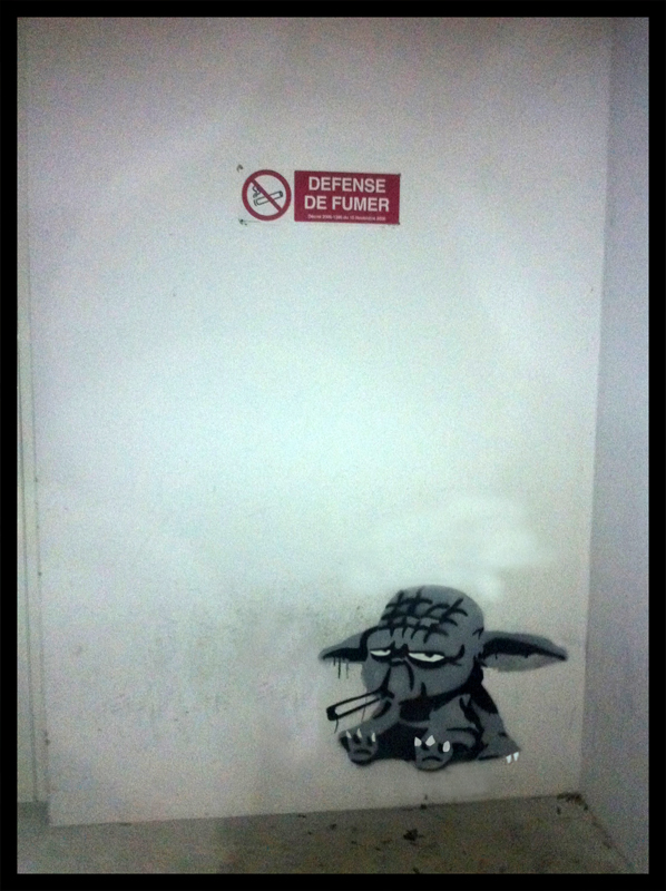 yoda_smoking_by_blouharthur-d4m5ick.jpg (367 KB)
