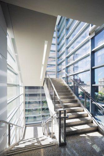 Stairwell.jpg (148 KB)