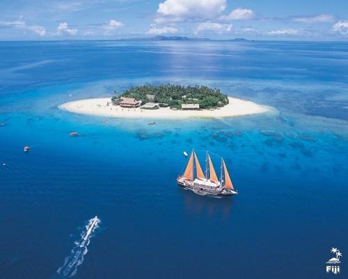 Fiji.jpg (858 KB)