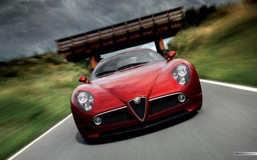 Alfa-Romeo-red-car-947.jpg (289 KB)