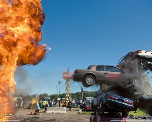 iowa-derby-car-jump-1235511-090309-xl.jpg (348 KB)