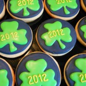 Clover Graduation Cookies