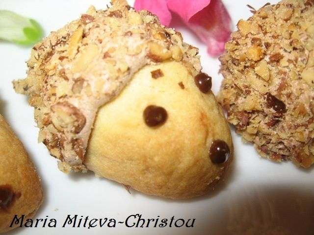 """Бисквити """"Таралежи"""" с мая и локум"""