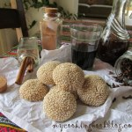Страхотни Кулуракя (Κουλουράκια) с червено вино и сусам