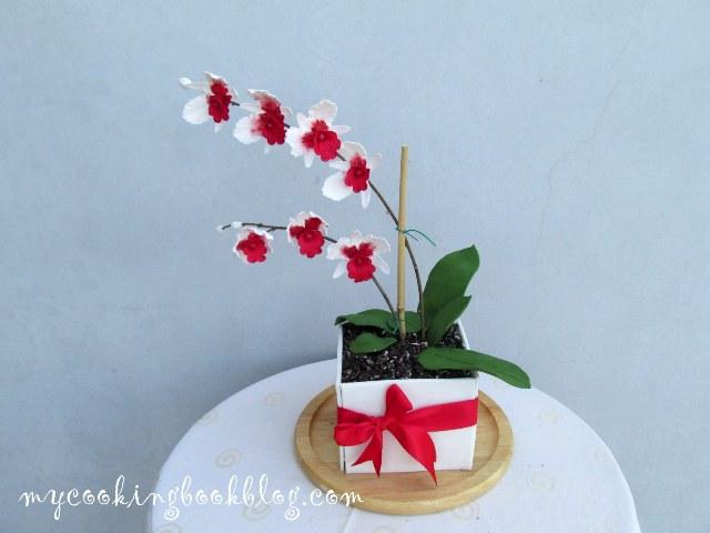 Торта саксия с орхидея и честит ми 40-ти рожден ден