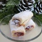 Сладки пурички с плънка от мармалад и орехи