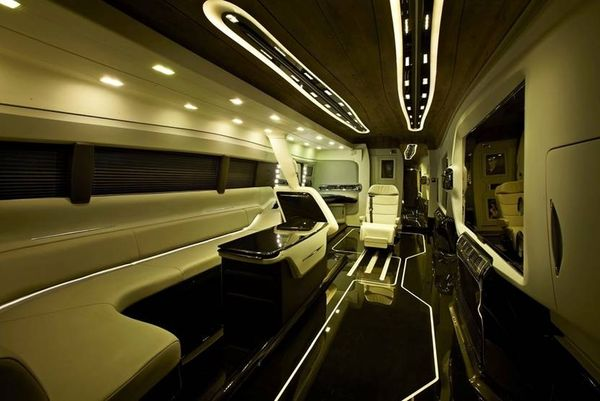 Shah Rukh Khan Acquires Bollywoods Most Expensive Vanity Van