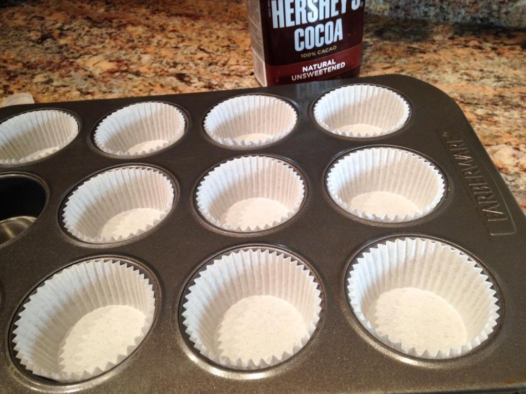 chocolatepeanutbuttercupcakes-2_fotor