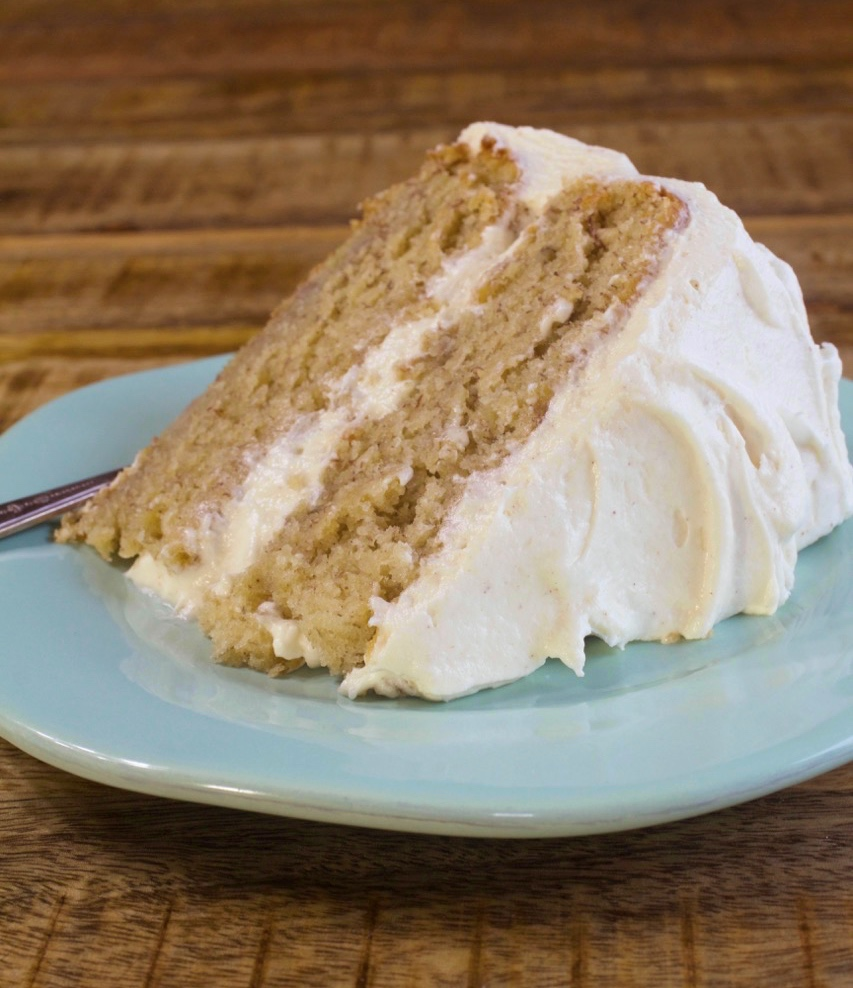 Fresh Banana Cake with Cinnamon Cream Cheese Frosting