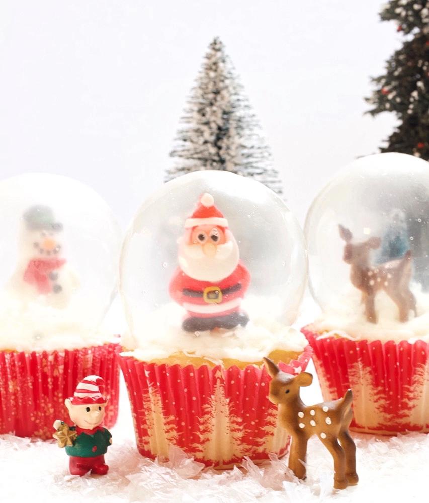 Snow Globe Cupcakes