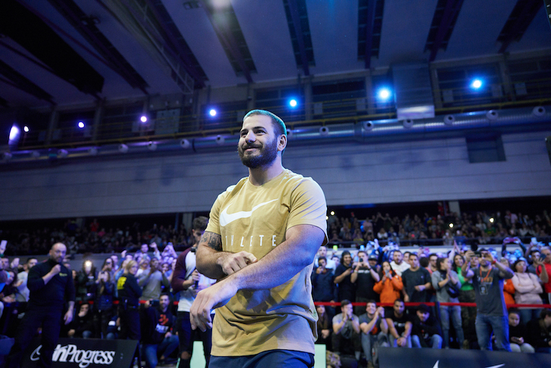 Mat fraser durante il freakest challenge a barcellona