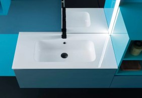 Lavabo Tempo in ceramica, bianco lucido, con troppopieno, so. bordo 2 cm. L 61.5 x P 46.5 x A 17 cm
