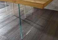 dettaglio-piano-in-legno-e-vetro-meridiano